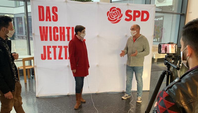 Foto der Woche: Auf dem digitalen Landesparteitag haben wir ein hervorragendes Wahlprogramm beschlossen. Unsere Landtagskandidatin und Kreisrätin Andrea Schröder-Ritzrau und ich nutzten die Parteitagspause für ein kurzes Interview, um über unsere starken Positionen zu sprechen.